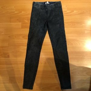 UO Silence + Noise Acid Wash Jegging